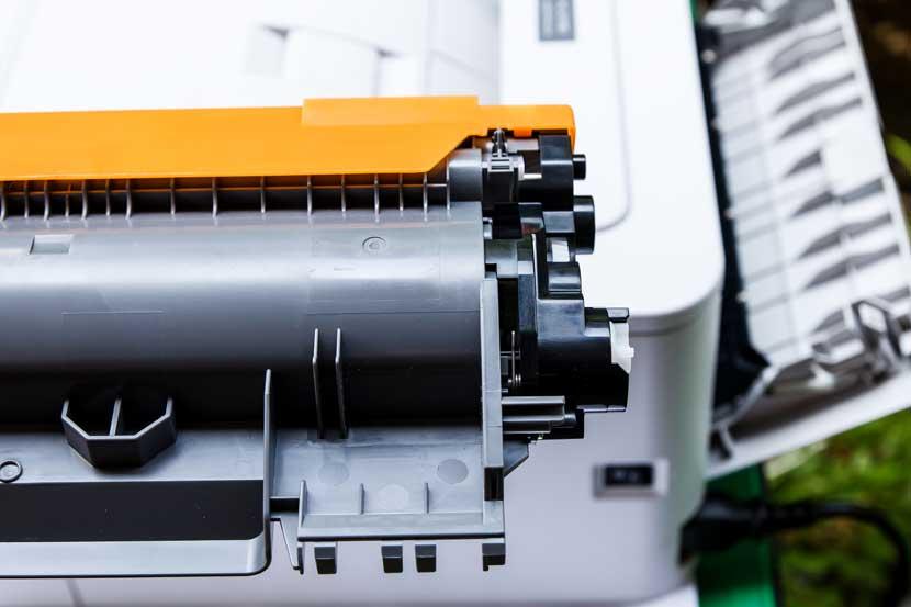Alquiler de impresoras Brother VS Toshiba: ¿cuál elegir?