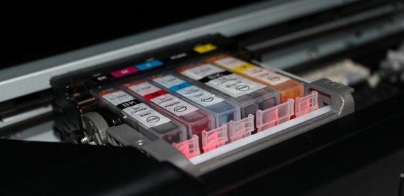 Ahorra costes en material de oficina: renting de impresoras para PYMES y otras ventajas