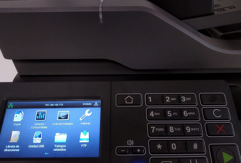 7 acciones que puedes realizar con la pantalla táctil de la fotocopiadora
